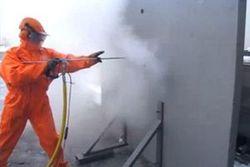 Хидробластери на URACA в действие при саниране на бетон