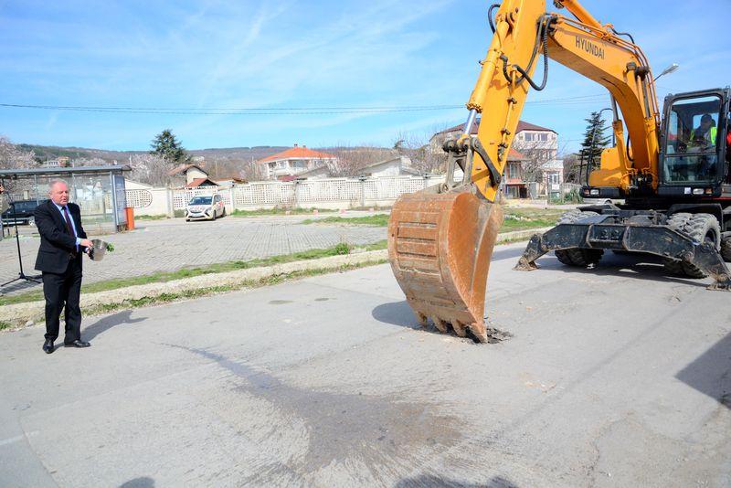 Започна реконструкцията на канализацията в СО Ален мак
