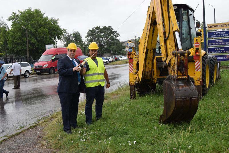 Изграждат канализация по основна пътна артерия в Горна Оряховица