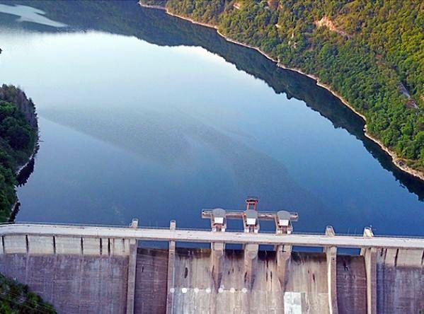 Община Ивайловград обяви търг за реконструкция на водопроводна мрежа